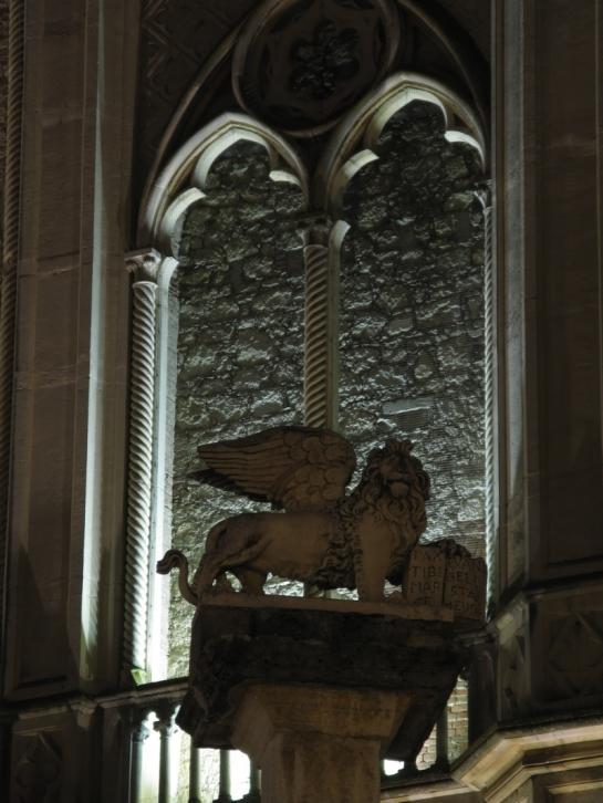 Duomo particolare4