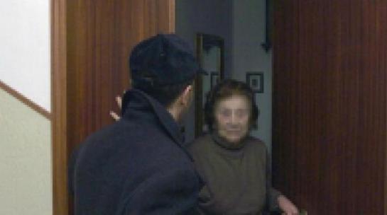 4873_truffa-anziani-3
