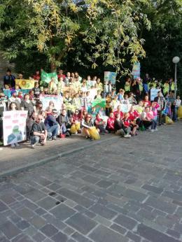 Studenti e volontari paladini della difesa dell'ambiente