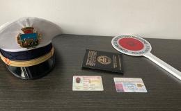Alla guida con documenti contraffatti:denunciato